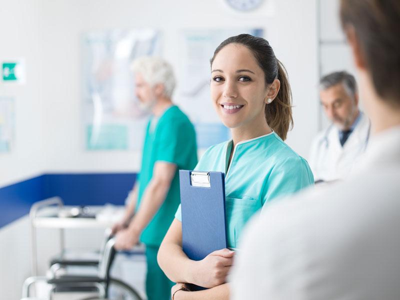 Medizinischer Behandlungsassistent Bachelor Dresden International University Chemnitz